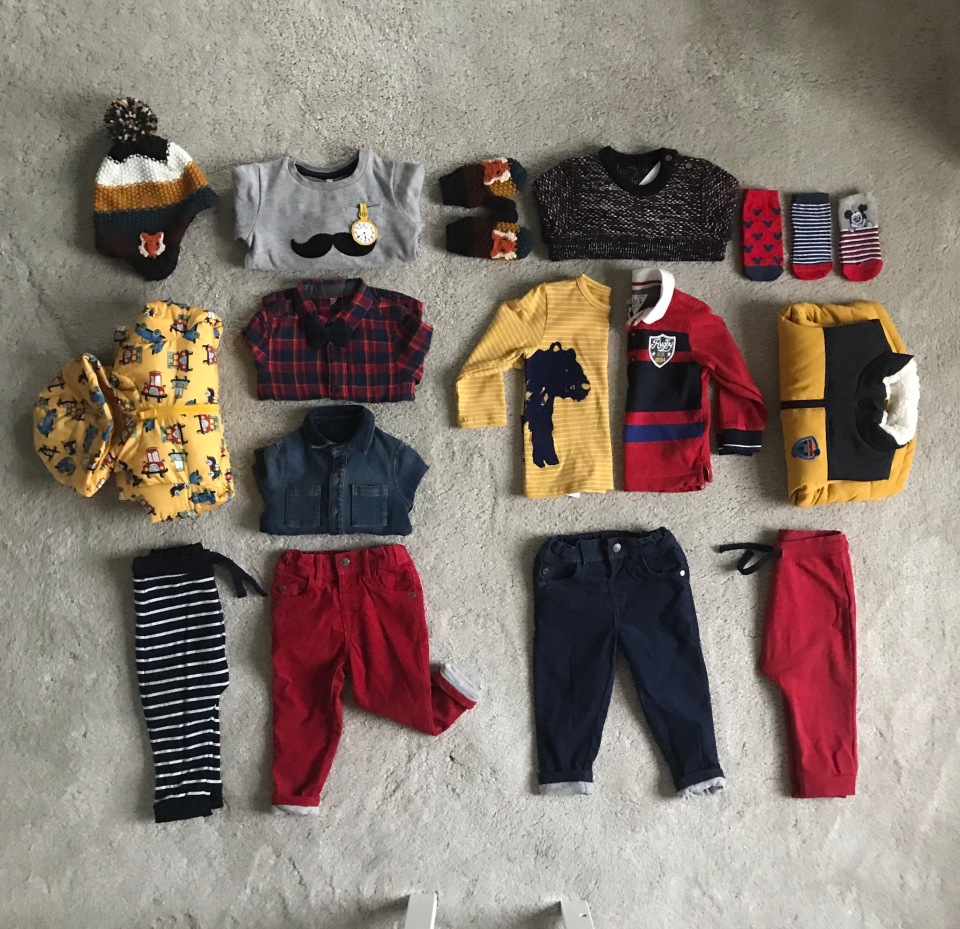 How to create a capsule wardrobe for a toddler.